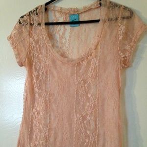 NWOT h.i.p. Peach-Pink Lace shirt